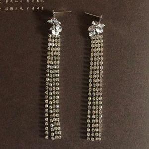 Everything diamond glamor earrings